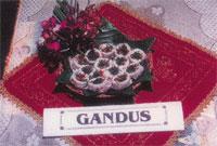 KUE GANDUS